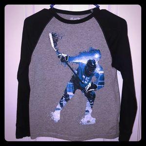 Boys Long sleeve hockey shirt sz 7/8